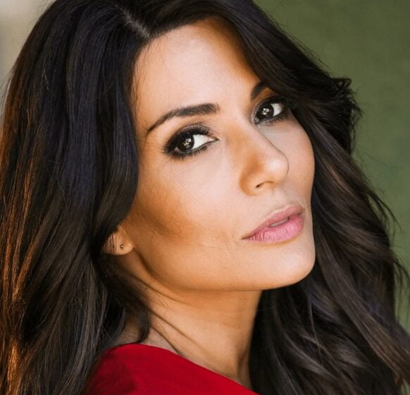 Marisol Nichols Actress, opening speaker at the Modern Day Wife No Limits Event No Limits on January 28. An inspired virtual event for anyone looking to raise themselves up in 2021.